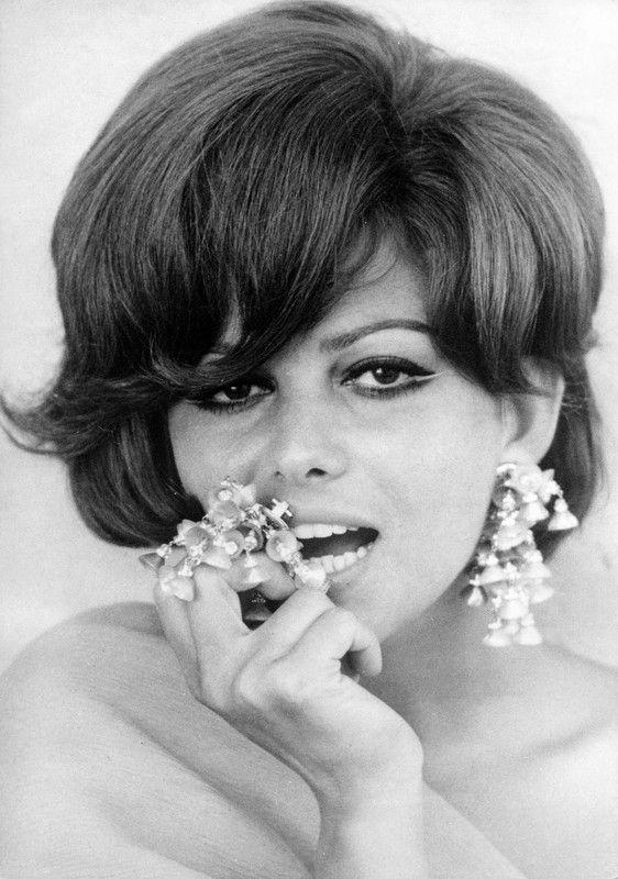 Claudia Cardinale Nue 79