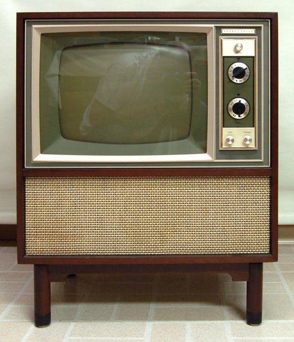 anciens postes de televisions page 2. Black Bedroom Furniture Sets. Home Design Ideas